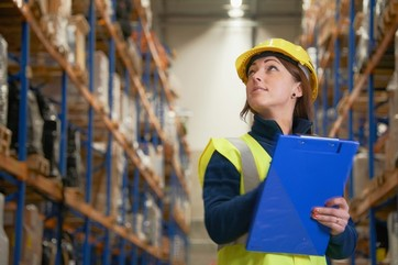 Using a WHS inspection checklist in a warehouse
